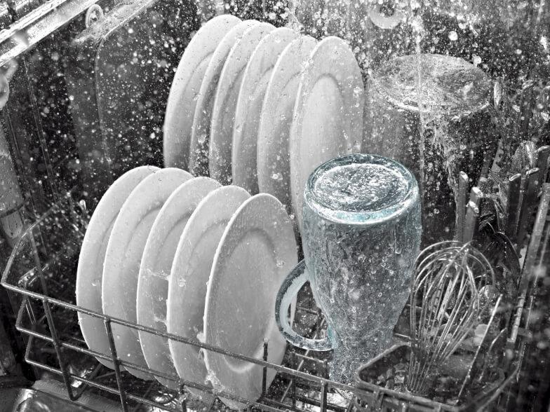 Полная очистка посудомойки подручными средствами - Этап 3. Очистка лопастей