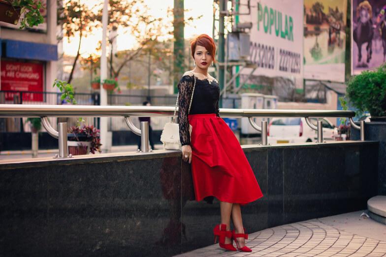Красная юбка-карандаш с чем носить фото