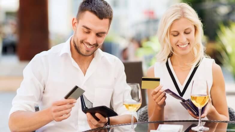 Любовник просит денег в долг